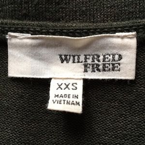 Wilfred free v-neck top